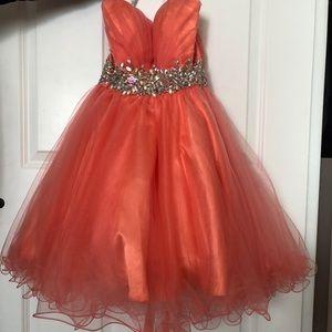 Dresses & Skirts - Cute sweet 16/ Prom dress🌸